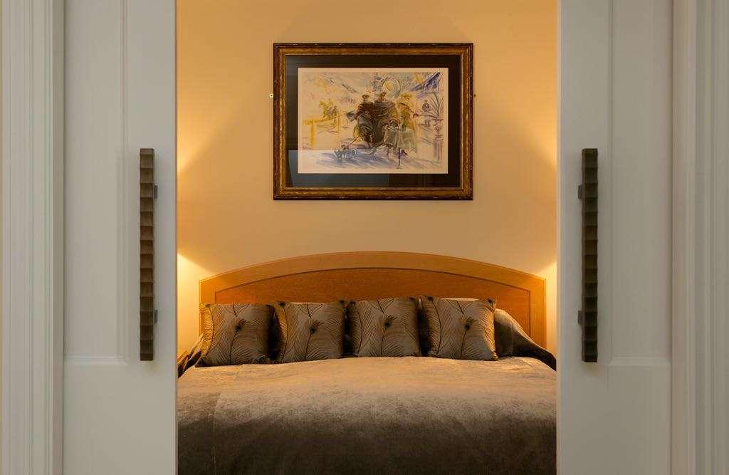 venetian-suite-bed-through-doors
