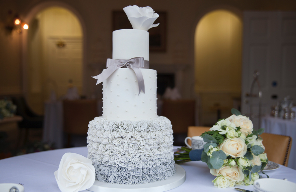 wedding cakes colchester uk weddings greyfriars hotel colchester 24090